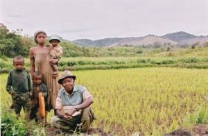 Famille-cultivateur-producteur-riz-Madagascar-8959-1024x670